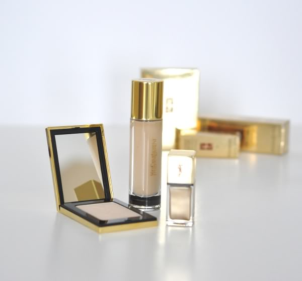 dogsanddresses_YSL_golden