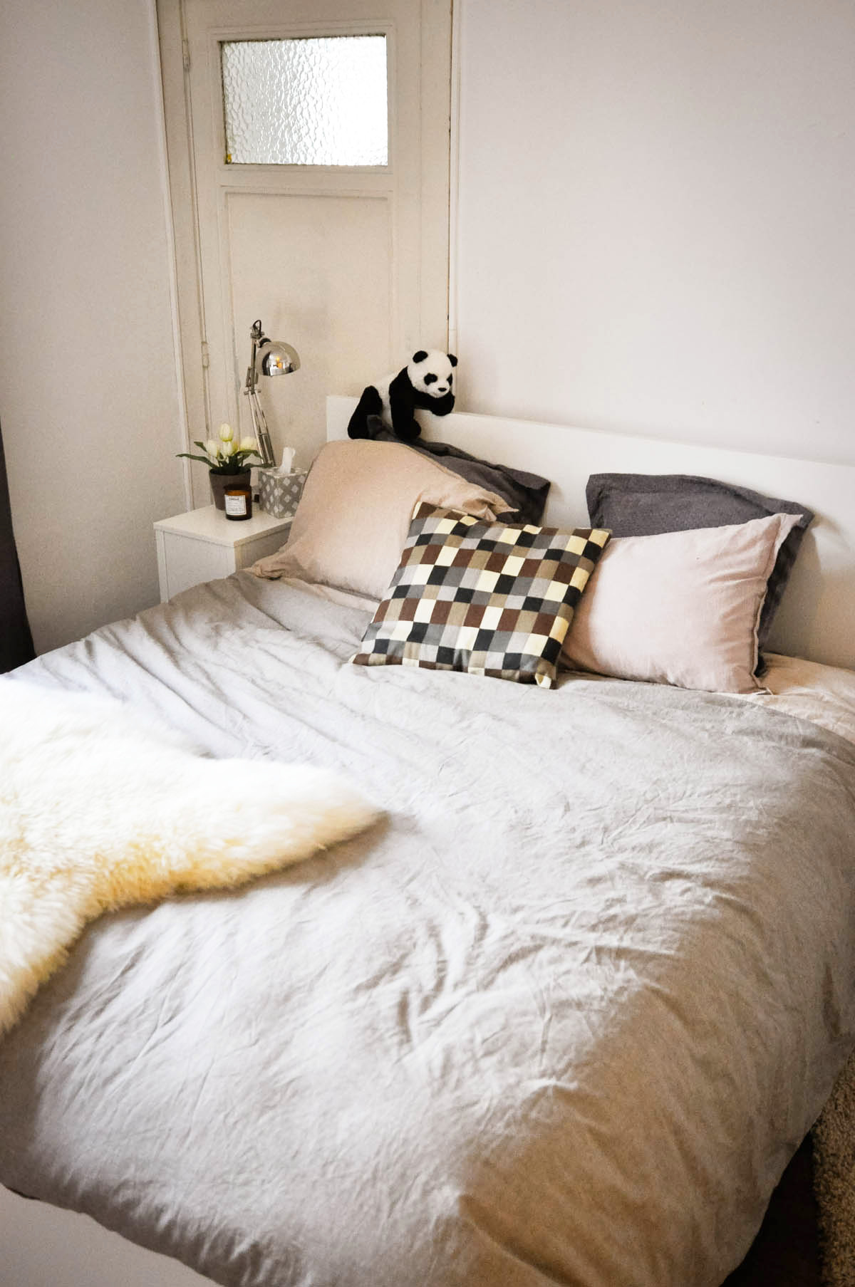 a Dogs and Dresses interior house apartment IKEA bedroom-25